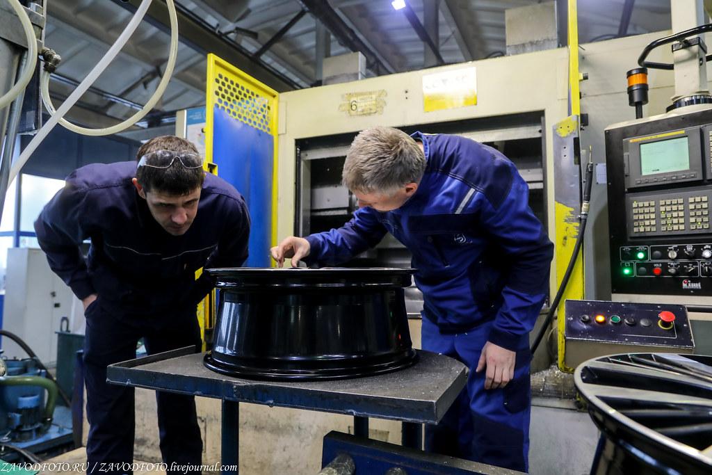 Как делают литые алюминиевые диски на заводе ЛМЗ «СКАД» 999A8514