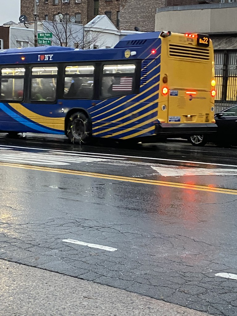 2019 Nova Bus LFS 8738 - Bx22 To Fordham Center