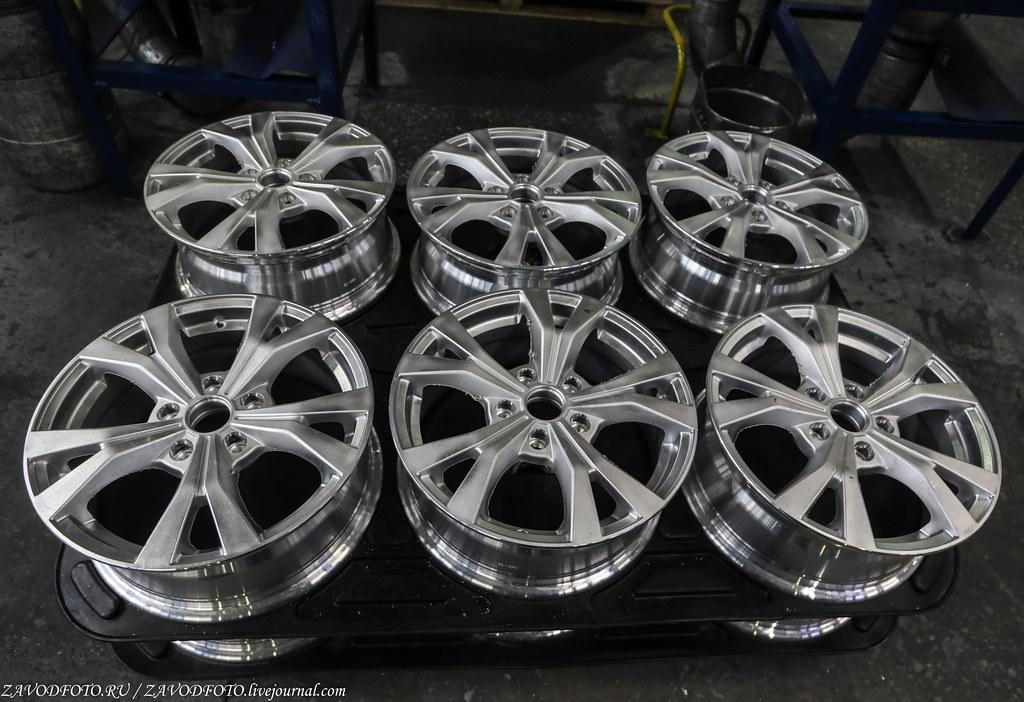 Как делают литые алюминиевые диски на заводе ЛМЗ «СКАД» 999A8454