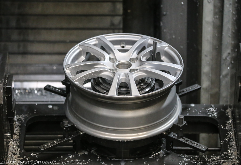 Как делают литые алюминиевые диски на заводе ЛМЗ «СКАД» IMG_5720
