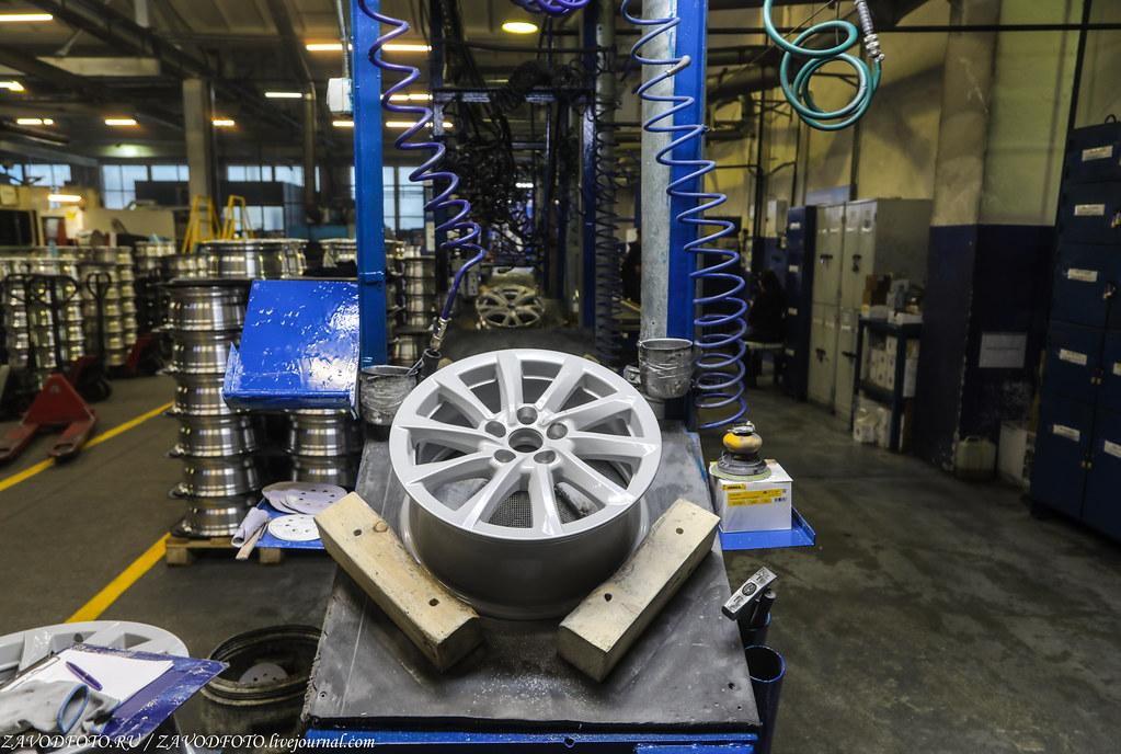 Как делают литые алюминиевые диски на заводе ЛМЗ «СКАД» 999A8988