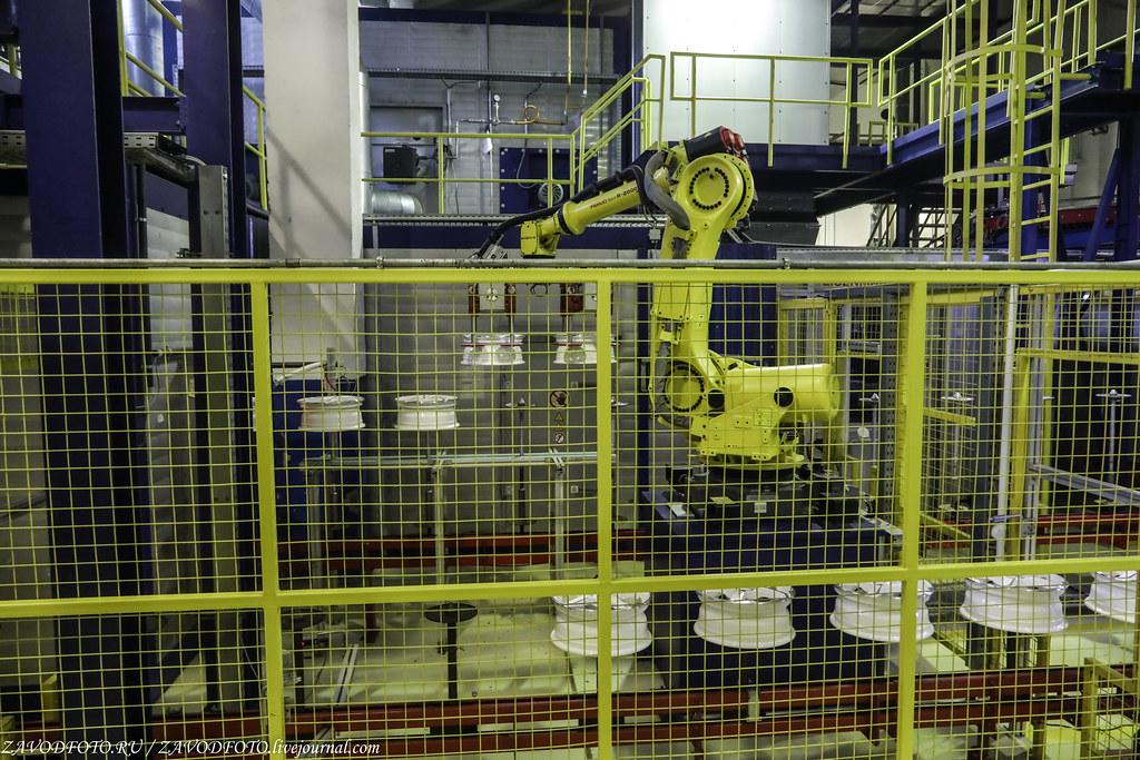 Как делают литые алюминиевые диски на заводе ЛМЗ «СКАД» 999A8795