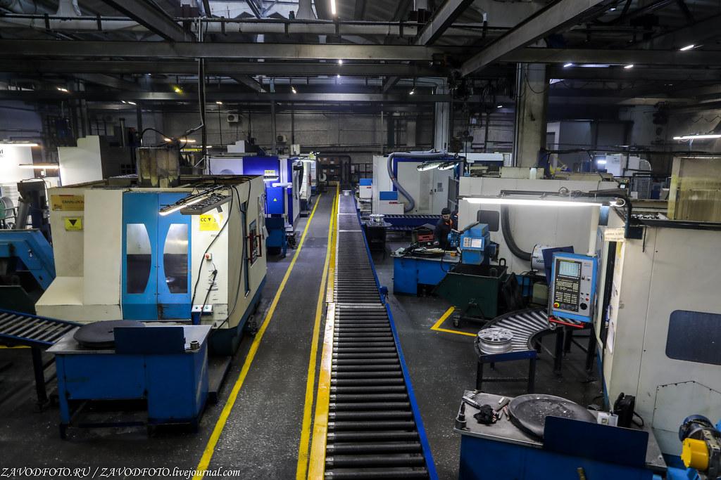 Как делают литые алюминиевые диски на заводе ЛМЗ «СКАД» 999A8394