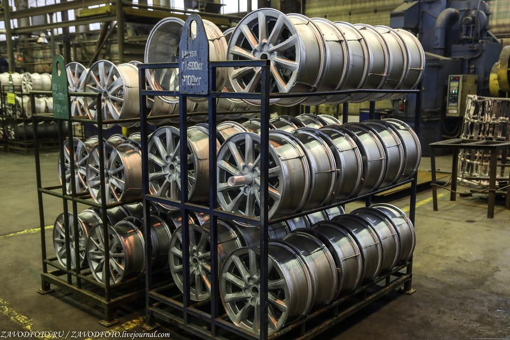 Как делают литые алюминиевые диски на заводе ЛМЗ «СКАД» 999A8028