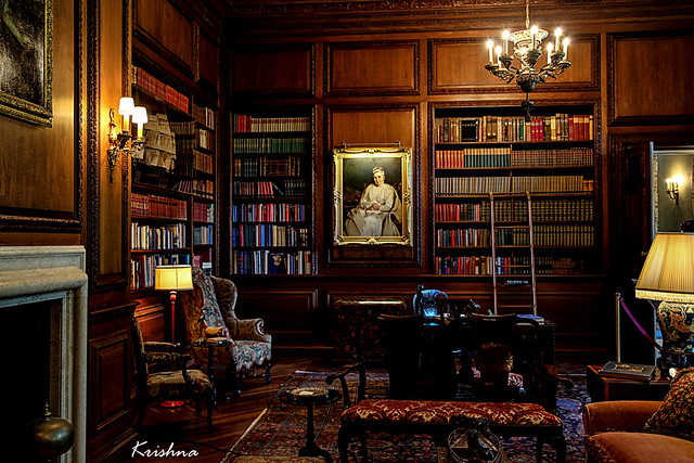 Library at FILOLI