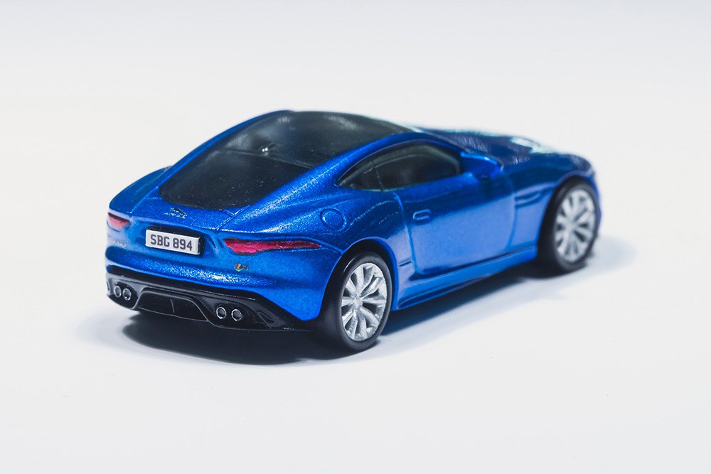 Jaguar-F-Type-Hot-Wheels-3