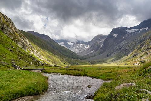 Montagna solitaria (Explore)