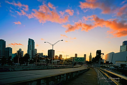 sunset lateafternoon city cityscapes architecture downtownmiami dynamicperspective highways urbanexploration outdoors exploration building colors clouds