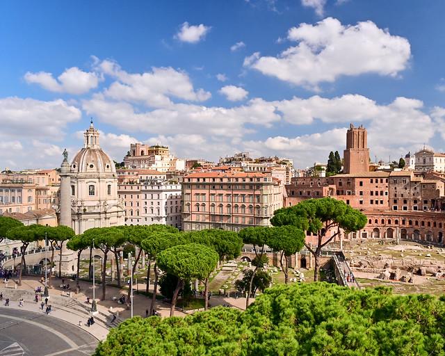 Vistas del Foro Imperial de Roma desde el Monumento de Vittorio Emanuele II