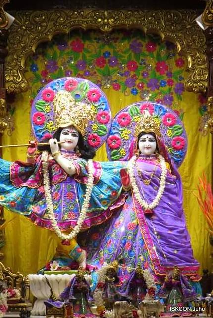 ISKCON Juhu Mangal Deity Darshan on 3rd Dec 2019