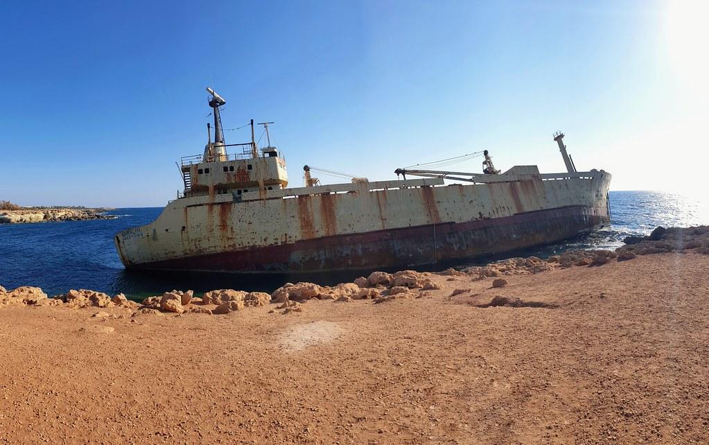 Edro III Shipwreck 🚢
