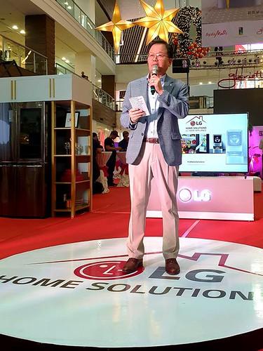 LGEPH Managing Director Mr. Inkwun Heo
