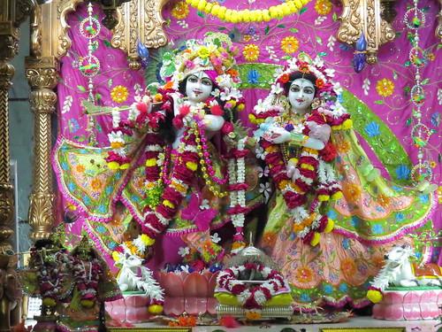 ISKCON Vallabh Vidyanagar Deity Darshan 03 Dec 2019