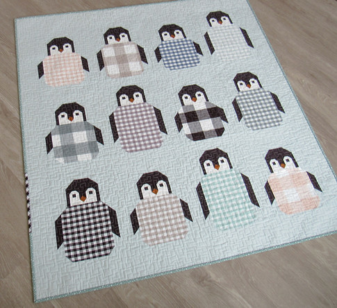 ArcticFlannel_PenguinPartyChildQuilt