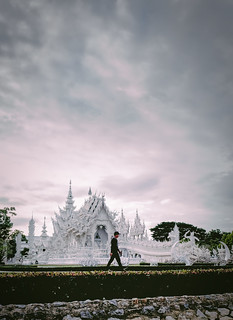 Late Chill Stroll at Wat Rong Khun | by toastal