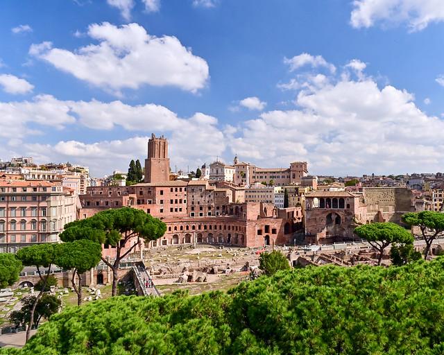 Vistas del Mercado de Trajano desde el Monumento a Victtorio Emmanuele
