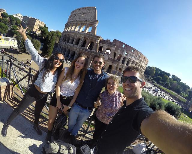 Frente al Coliseo de Roma, una de las mejores zonas donde dormir en Roma
