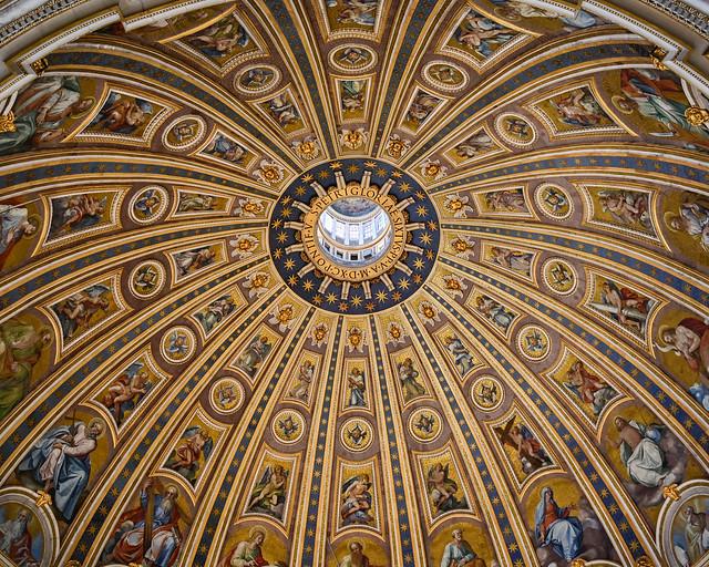 Cúpula del Vaticano desde dentro