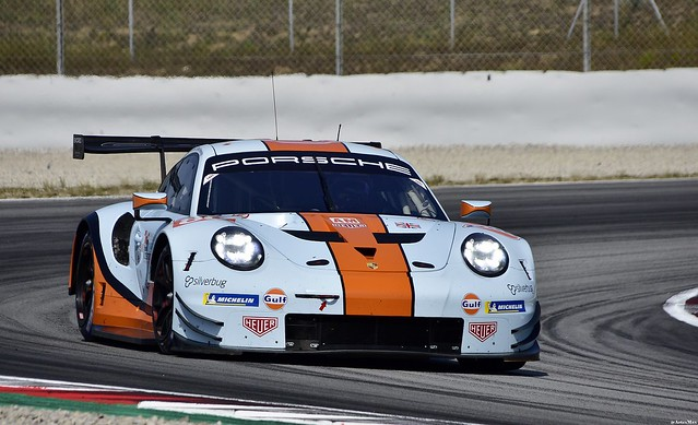 Porsche 911 RSR / Michael Wainwright / GBR / Benjamin Barker / GBR / GULF RACING