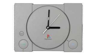 經典造型忠實再現!Furyu 景品「初代 PlayStation 坐墊」、「初代 PlayStation 壁掛時鐘」12月中旬登場