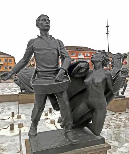 skövde torg staty statue sculpture