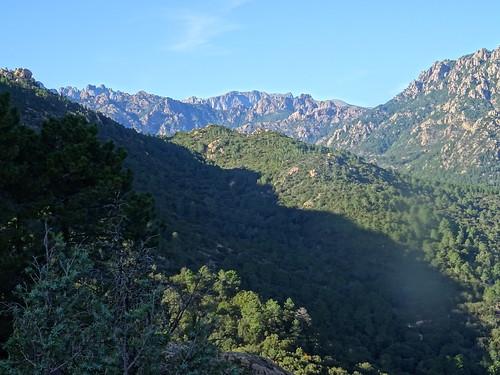 La vallée du Cavu amont depuis le plateau de Ranedda