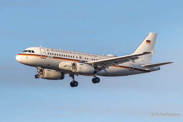 Airbus A319-100CJ 15+01 Luftwaffe 20191203 Stansted