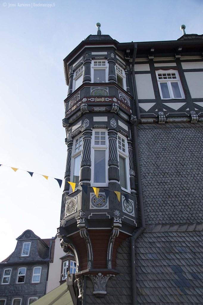 Goslarin taloissa on upeita koristeluja