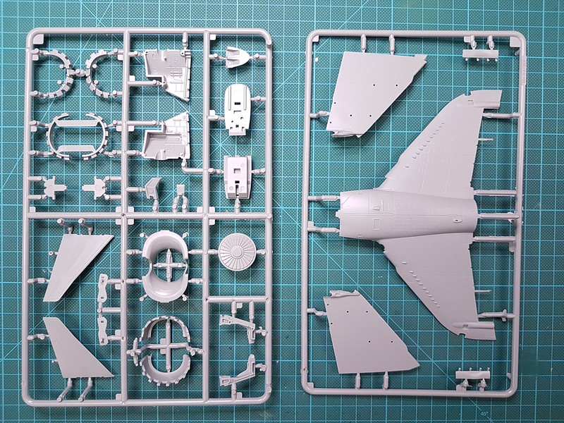 Kinetic 1/48 Sea Harrier FA.2 49164846663_ff6d110b19_c