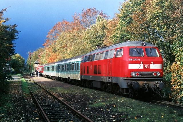 DB 218 247-5 te Rhade op 29-10-2000 (SCAN)