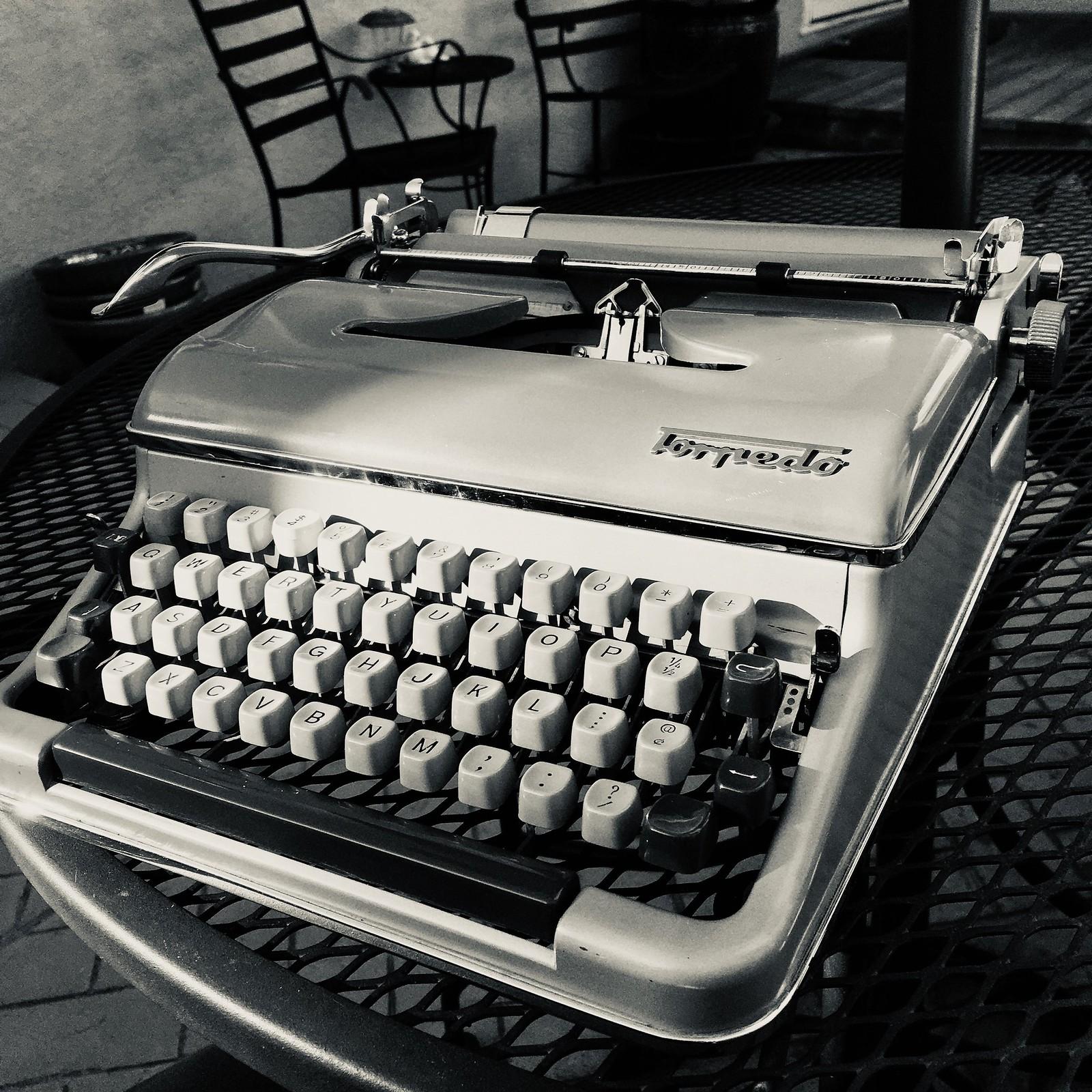 Torpedo 18 Patio Typing
