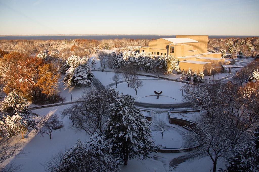 Green Bay Campus Snowfall 12-02-2019