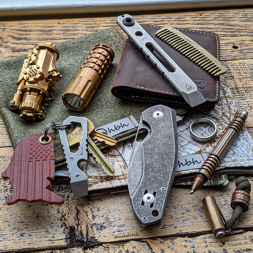 GiantMouse ACE Biblio, Atwood Wrant, Hinderer Investigator Pen, Zach Wood prybar | by edcbyfrank