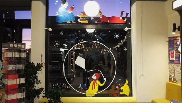 Christmas Window at the Portobello Bookshop 03