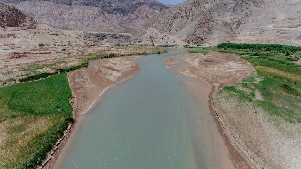 Uñac recorrió las obras del dique El Tambolar (4)