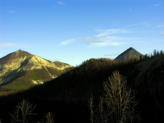 North (left) and South Twin Peaks.
