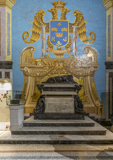 Mausoleo (2)