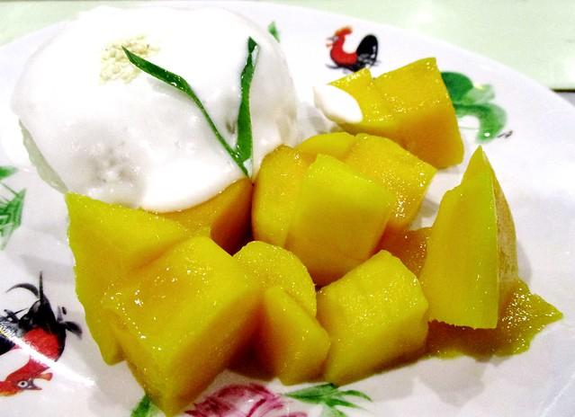 Tuk Tuk mango sticky rice