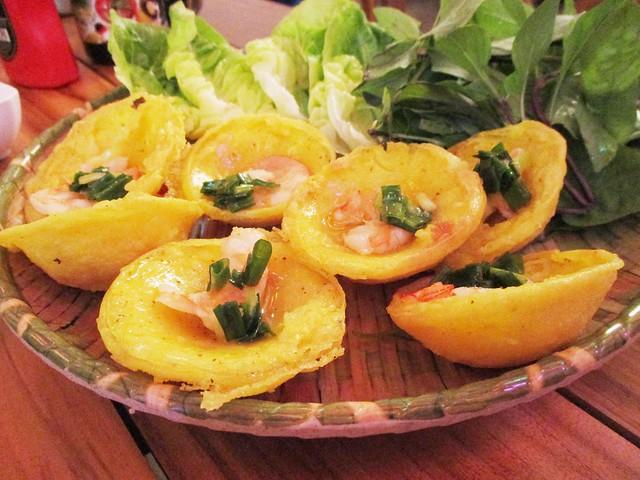 Loc Phat banh khot cakes