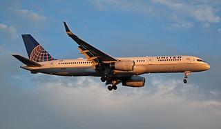 N14107 EGLL 05-07-2019 United Airlines Boeing 757-224 CN 27297