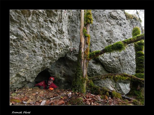 Guy a l'entrée de la Grotte du Groin 6 - Crouzet-Migette