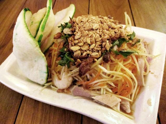Loc Phat papaya salad