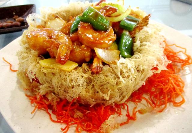 Sweet & sour prawns in yam basket