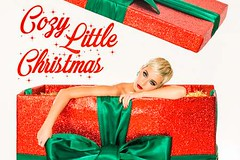 Watch: Katy Perry celebrates a poolside LA-style Christmas in her new festive song | Lifestyle News