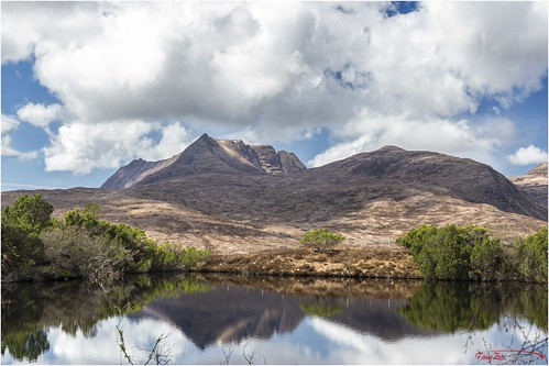 Mountain and Loch_L7Q1576