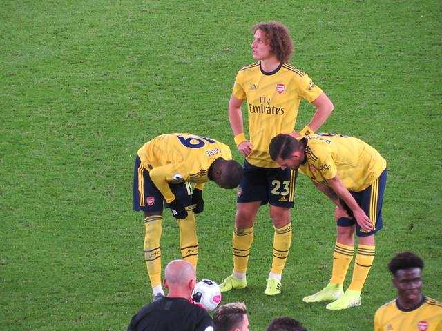 David Luiz readying a Free Kick