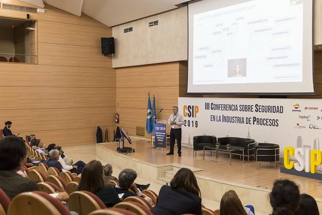 Álbum nuevoIII edición de la Conferencia sobre Seguridad en la Indutria de Procesos