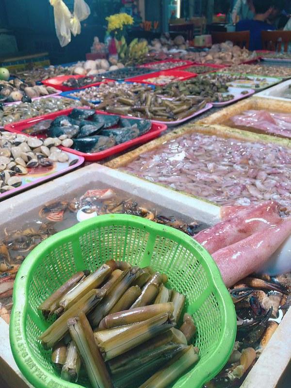 Phượt Vũng Tàu – Kinh nghiệm mua hải sản chợ Xóm Lưới (32)