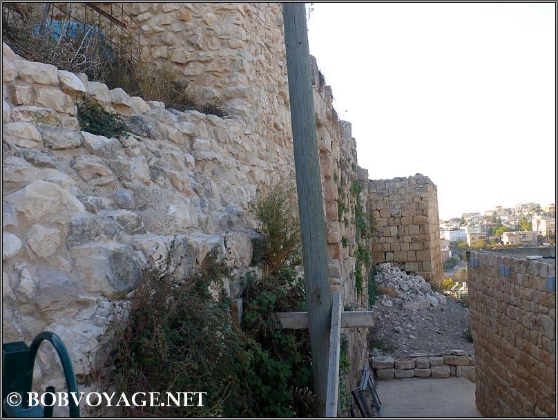 מבצר המלך (Chateau du Roi) מבחוץ ב- כפר מעיליא