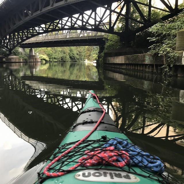 Kayaking am Isebekkanal, Alster, Hamburg